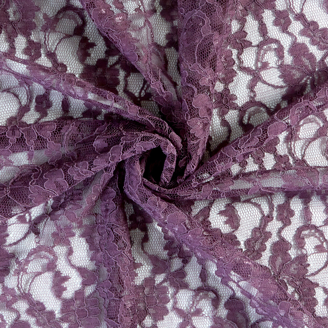 Double Scallop Lace Plum