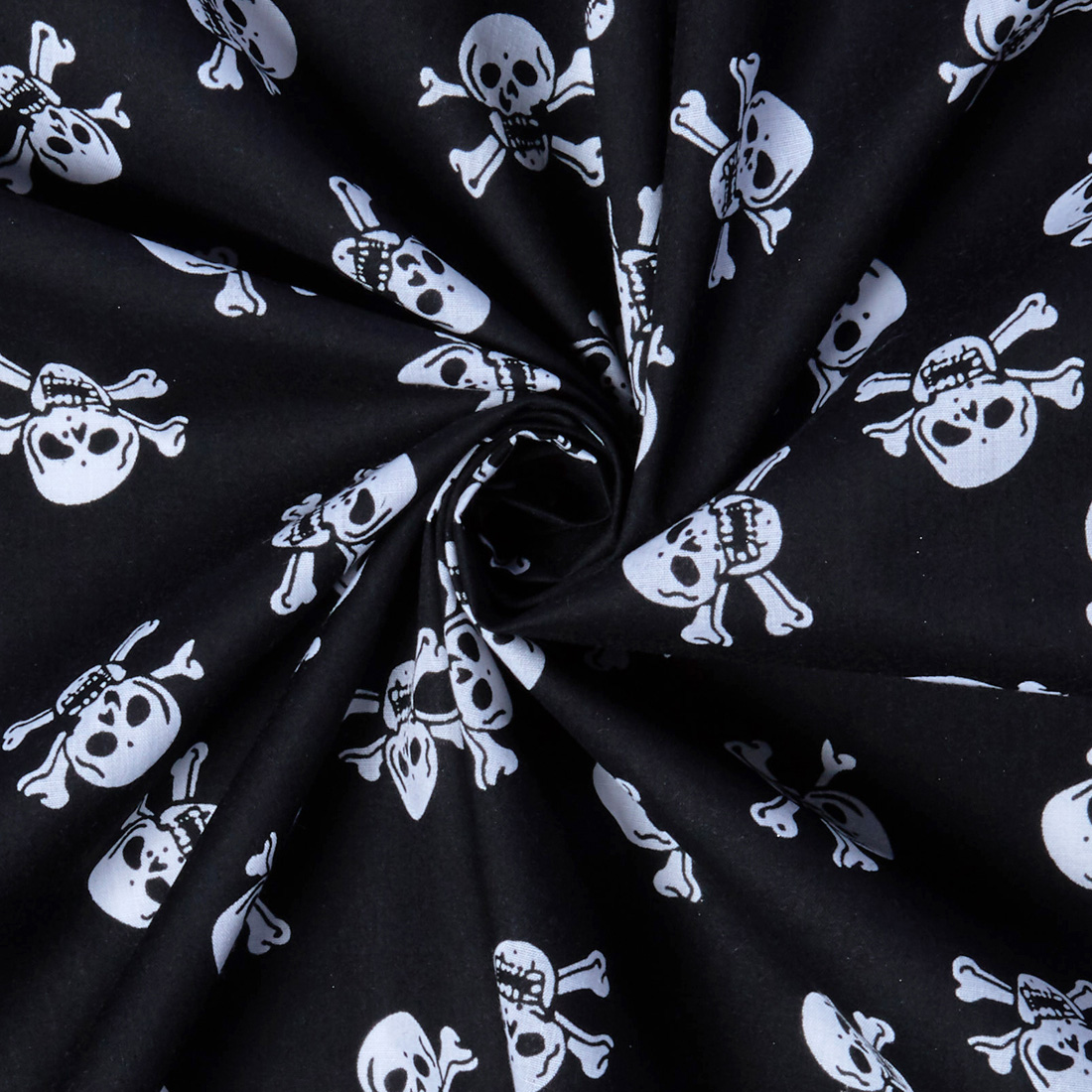 Polycotton Skulls Print White Black